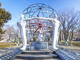 Памятник Героям - Чернобыльцам
